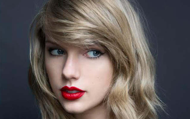 Most Beautiful Singer Taylor Alison Swift Biography